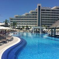 8/29/2015 tarihinde Virgie I.ziyaretçi tarafından Resort Mundo Imperial'de çekilen fotoğraf