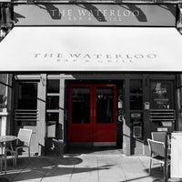 Foto diambil di The Waterloo Bar oleh The Waterloo Bar pada 11/12/2014