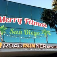12/27/2015にLorraine E.がRoad Runner Sportsで撮った写真
