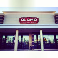 Foto tirada no(a) Alamo Drafthouse One Loudoun por Woodrow S. em 10/22/2013