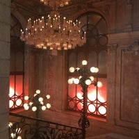 Foto tirada no(a) Cristal Room Baccarat por FairyNn em 4/19/2017