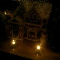 Снимок сделан в Moran's - Chelsea пользователем Lindsay B. 11/29/2012