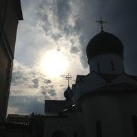6/8/2013 tarihinde Мария У.ziyaretçi tarafından Marfo-Mariinsky Convent'de çekilen fotoğraf