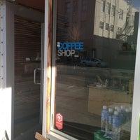 1/19/2013에 Jennie B.님이 CoffeeShop에서 찍은 사진