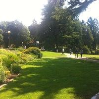 Das Foto wurde bei Volunteer Park von Matthew C. am 7/31/2012 aufgenommen