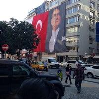 Foto tomada en Keten İnşaat por Cibelle el 5/19/2014