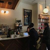 Das Foto wurde bei Variety Coffee Roasters von Audrey C. am 3/9/2018 aufgenommen