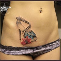 Foto tomada en Sperlich Tattoo por Sperlich Tattoo el 9/19/2014