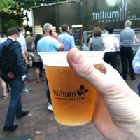Photo prise au Trillium Garden On The Greenway par Zach L. le10/10/2018