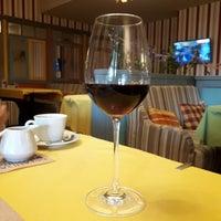 Foto scattata a Pesto Cafe da Tanya S. il 10/28/2018