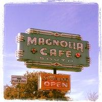 2/23/2013にRod M.がMagnolia Cafe Southで撮った写真