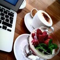 Das Foto wurde bei Le Bouchon Café von Dmitry K. am 7/3/2013 aufgenommen