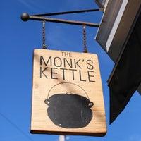 Foto tomada en Monk's Kettle por Vinh L. el 6/8/2013