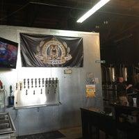 7/27/2013にShelly D.がBelching Beaver Breweryで撮った写真