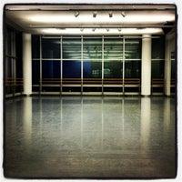 3/19/2013 tarihinde Gerry C.ziyaretçi tarafından The Ailey Studios (Alvin Ailey American Dance Theater)'de çekilen fotoğraf