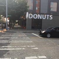 Das Foto wurde bei Mighty-O Donuts von Sherry am 8/9/2017 aufgenommen