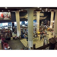 Foto scattata a The Last Bookstore da Young Sang L. il 6/7/2013