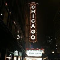 Foto tirada no(a) The Chicago Theatre por Shanna Q. em 10/18/2012