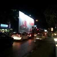 Foto tomada en GQ Bar por Korhan U. el 6/1/2013