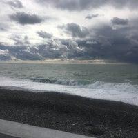 Снимок сделан в Самый южный пляж России пользователем Андрей К. 10/27/2018