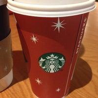 รูปภาพถ่ายที่ Starbucks โดย Kary N. เมื่อ 11/3/2012