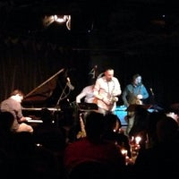 Photo prise au The Artists' Quarter Jazz Club par Chuck O. le11/10/2013