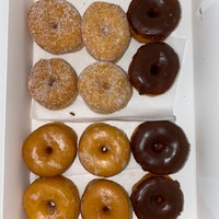 House Of Donuts بيت الدونات الأندلس Al Futaihi St