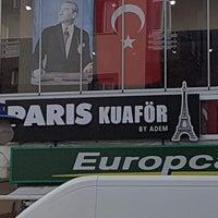 Foto tirada no(a) Paris Kuaför por Burcu D. em 10/29/2017