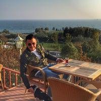 11/9/2015 tarihinde Umut A.ziyaretçi tarafından Rumeli Cafe Garden'de çekilen fotoğraf