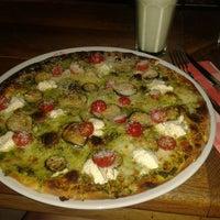 Foto tomada en Miss Pizza por Damla Ö. el 7/3/2013