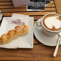 รูปภาพถ่ายที่ Ideal Caffé Stagnitta โดย Miloš เมื่อ 9/16/2017