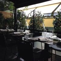 Das Foto wurde bei NO Restaurant von Irene A. am 9/19/2013 aufgenommen
