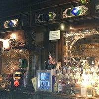 Foto tirada no(a) The Brick: Charleston's Favorite Tavern por Jason P. em 1/13/2013