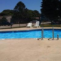 Foto scattata a Timberwood Crossing's Pool da Brittany S. il 6/19/2013