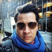Das Foto wurde bei Martial Vivot Salon Pour Hommes von Julio Cesar d. am 12/19/2013 aufgenommen