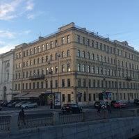 รูปภาพถ่ายที่ Rossi Boutique Hotel St. Petersburg โดย Marco M. เมื่อ 9/9/2013