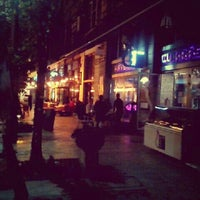 Снимок сделан в Lila Körte Cafe пользователем Milán B. 9/28/2012