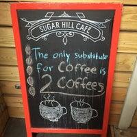 Das Foto wurde bei Sugar Hill Cafe von @cfnoble am 10/1/2015 aufgenommen