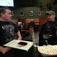 Foto scattata a Bears Den Sports Bar & Eatery da Ken K. il 11/29/2013