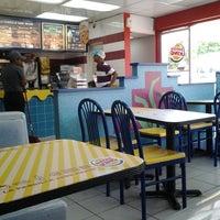 Foto tomada en Burger King por Ángel L. el 8/2/2013