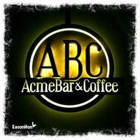 Foto tomada en Acme Bar & Coffee por Eason H. el 11/3/2012