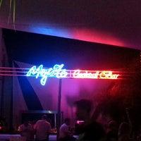 รูปภาพถ่ายที่ Mojito Lounge & Club โดย Erhan เมื่อ 6/26/2013