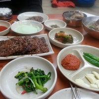 Photo prise au 송정떡갈비 par Haemee I. le4/13/2013