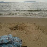 Foto diambil di пляжик oleh Ulia pada 7/8/2013