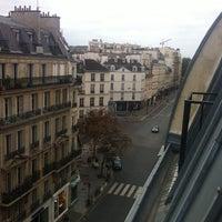 Photo prise au Hôtel de Saint-Germain par Nina S. le10/28/2013