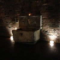 5/3/2013 tarihinde Sarahziyaretçi tarafından Aire Ancient Baths'de çekilen fotoğraf