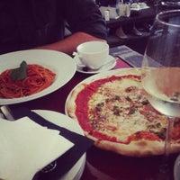 Foto scattata a Caffe Italia da Polina G. il 6/22/2013