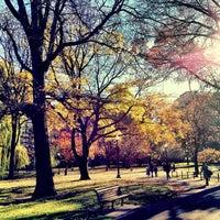 Foto tomada en Jardín Público de Boston por Raffi A. el 11/26/2012