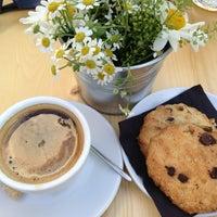 Снимок сделан в Кафе «Гараж» пользователем Ulyana 6/16/2013