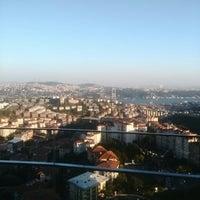 9/11/2014에 Metin D.님이 Raffles Istanbul Zorlu Center에서 찍은 사진